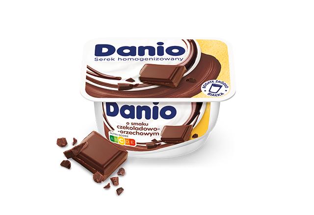 Serek homogenizowany Danio o smaku czekoladowo-orzechowym